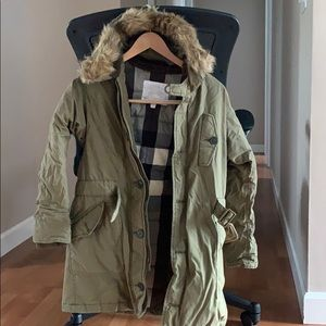 Burberry coat ( boys size 12)